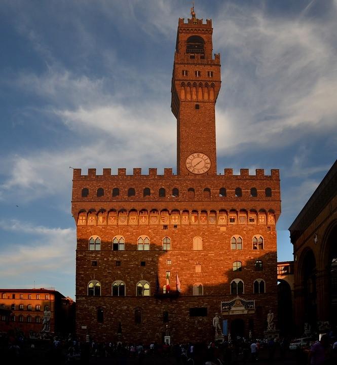 Firenze si tinge di verde e nero, con le Piccole Storie di Colori