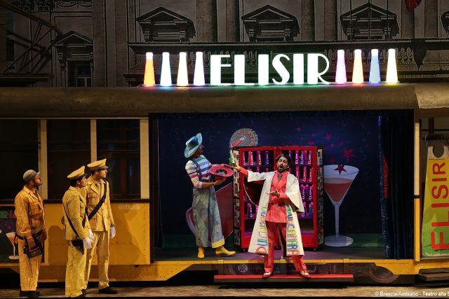Ragazzi alla Scala anche in estate, </br>con L'elisir d'amore