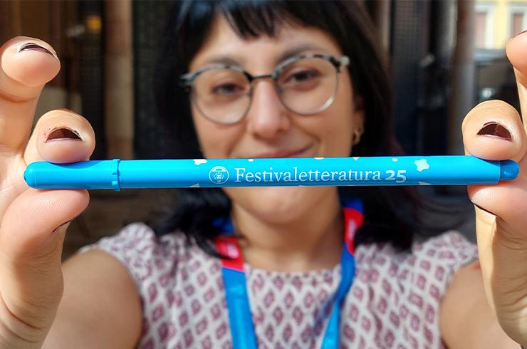 Tratto Pen torna a Mantova per celebrare i 25 anni di Festivaletteratura.